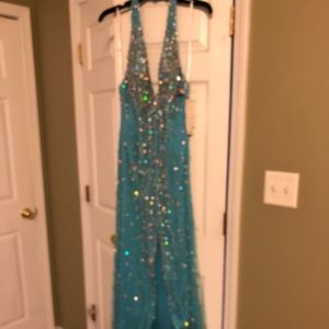 Tony bowls size 16 floor length evening gown
